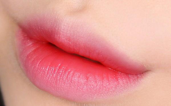 Màu-Son-môi-Mamonde-Highlight-Lip-Tint